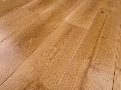 Picture of Harlem Solid Oak, 18x125xRL, Lacquered, DIY Box, New Pack Size Pack size 1.5 Sqm